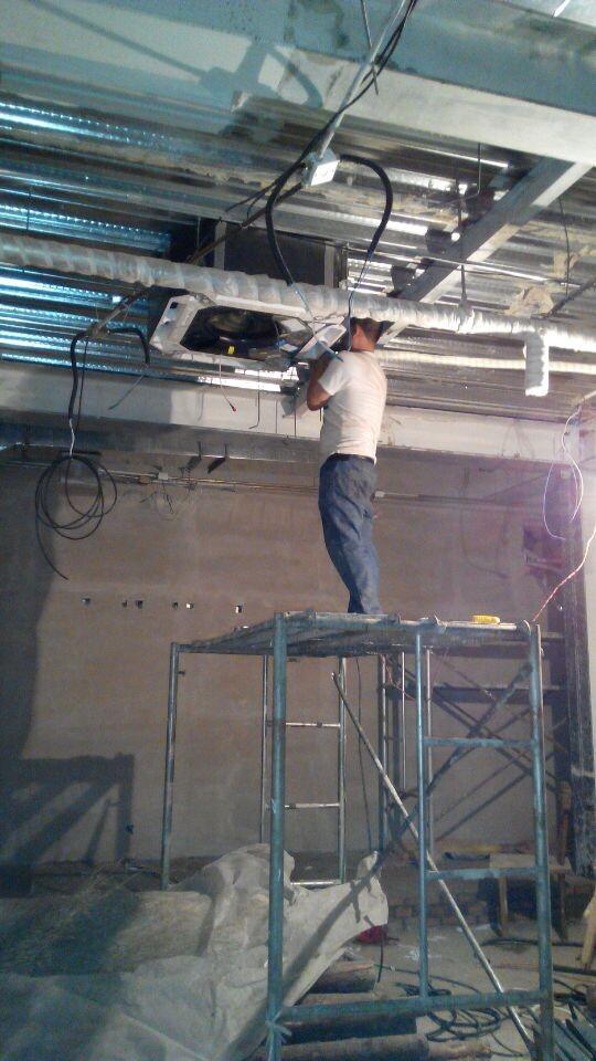 北京某咖啡厅安装天井机